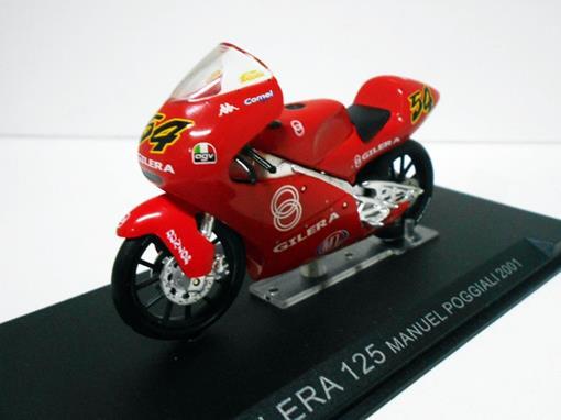 Gilera: 125 - Manuel Poggiali - Moto GP 2001 - 1:24 - Altaya