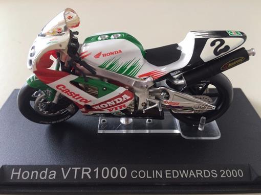 Honda: VTR1000 (2000) - Colin Edwards #2 - 1:24 - Altaya