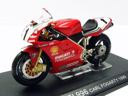 Ducati: 996 - Carl Fogarty (1999) - 1:24 - Altaya