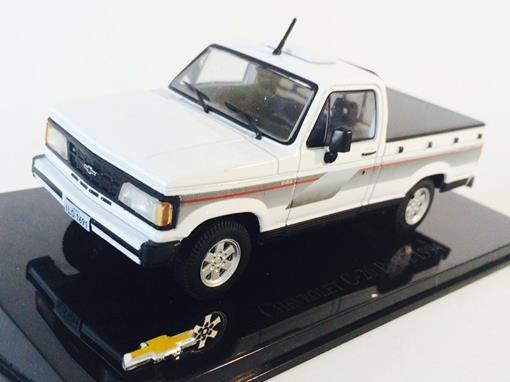 Chevrolet: C-20 Picape (1994) - 1:43 - Ixo