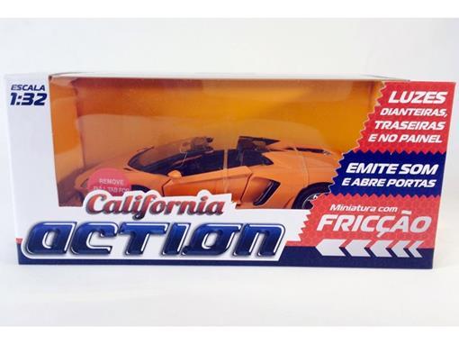 Lamborghini: Aventador LP700-4 Roadster - C/ Luz e Som - California Action - Laranja - 1:32 - California Toys