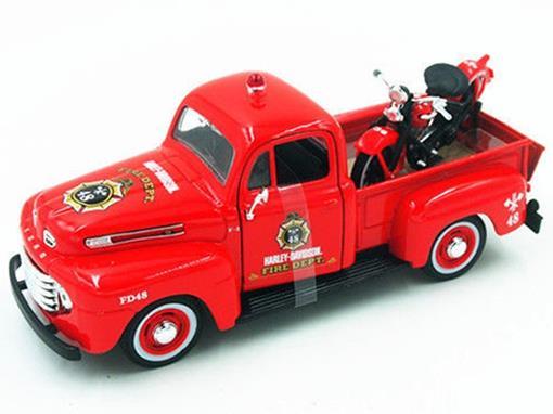 Ford: F-1 Pickup (1948) - 1:27 c/ Moto El Knucklehead (1936) - 1:24 - Maisto