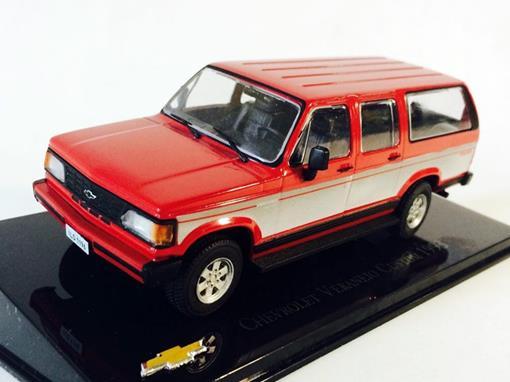 Chevrolet: Veraneio Custom (1993) - Vermelho - 1:43