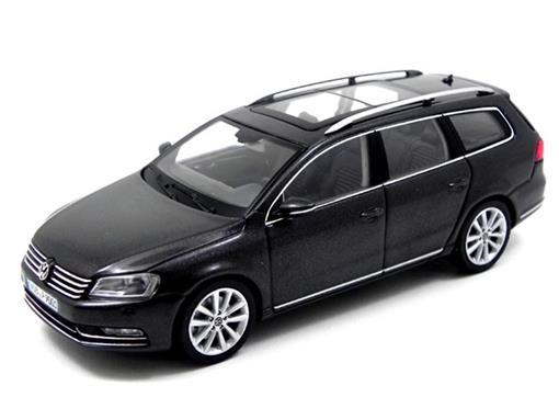 Volkswagen: Passat - Preto - 1:43 - Schuco