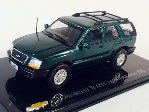 Chevrolet: Blazer 2nd Generation (2002) - Verde - 1:43 - Ixo