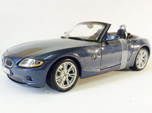 BMW: Z4 - 1:18 - Maisto