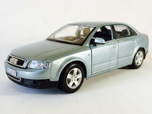 Audi: A4 - Azul - 1:24 - Maisto