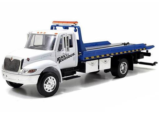 International: DuraStar 4400 Flat Bed - Velozes e Furiosos 7 - 1:24 - Jada