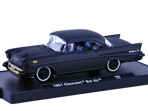Chevrolet: Bel Air (1957) - Auto Drivers - Preto - 1:64 - M2 Machines