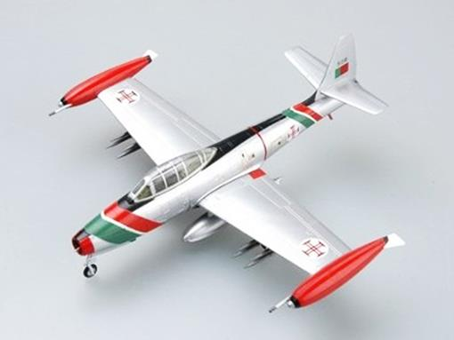 Republic: F-84G-10-RE Thunderbolt - Portugal Air Force - 1:72 - Easy Model