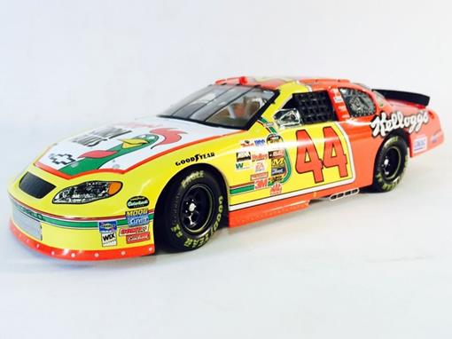 Chevrolet: Monte Carlo - Terry Labonte #44 - Kellogg's Racing ( Nascar 2005) - 1:24 - Action