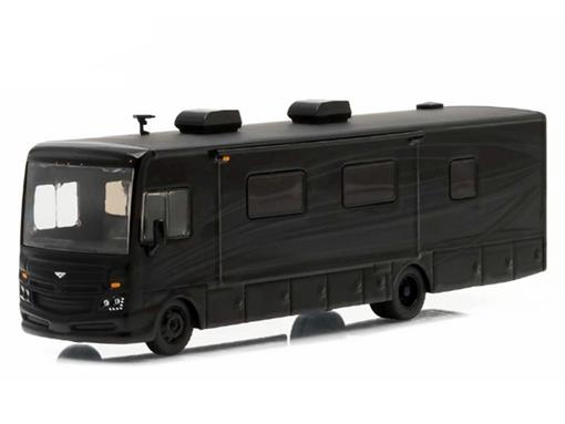 Fleetwood Bounder (2016) - Black Bandit - Preto - 1:64 - Greenlight