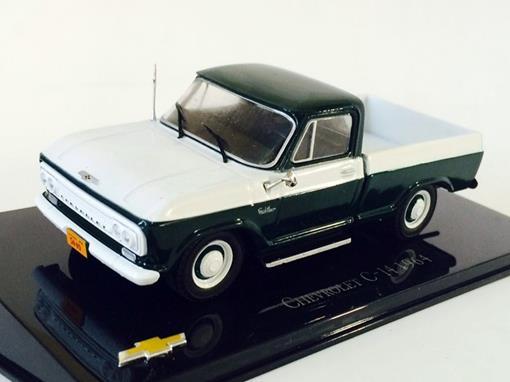 Chevrolet: C-14 Picape (1964) - Branco e Verde - 1:43 - Ixo
