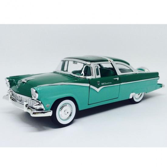 Ford: Crown Victoria (1955) - 1:18 - Yat Ming
