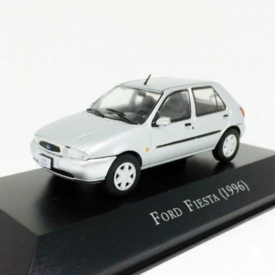 Ford: Fiesta (1996) - Prata - 1:43 - Ixo