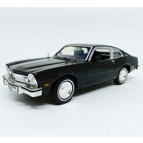 Ford: Maverick (1974) - Preto - 1:24 - Motor Max