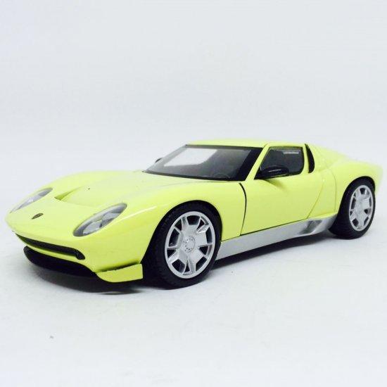 Lamborghini: Miura Concept - Amarela - 1:24 - Motor Max