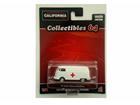 Volkswagen: Kombi  - Ambulância - California Toys - 1:64
