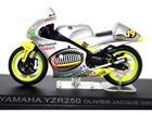 Yamaha: YZR250 - Olivier Jacque - Moto GP 2000 - 1:24 - Altaya