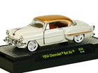 Chevrolet: Bel Air (1954) Auto-Thentics - R33 - M2 Machines - 1:64