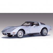 Imagem - Chevrolet: Corvette (1978) - 25th Anniversary Edition - 1:18 - Autoart