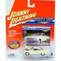 Imagem - Chevrolet: Bel Air (1962) - Creme - Muscle Cars USA - 1:64 - Johnny Lightning