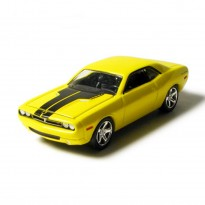 Imagem - Dodge: Challenger Concept (2006) - Under The Hood - Amarelo - 1:64 - Greenlight