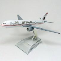 Imagem - Ethiad Airways: Boeing 777 - HB Toys