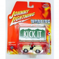 Imagem - Ford: Bronco (1966) - Creme - Working Trucs e Suvs - 1:64 - Johnny Lightning