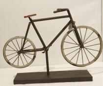 Escultura Bicicleta  30x10x43 cm