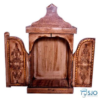 Capela de Madeira, porta com dobradiça - 56 cm