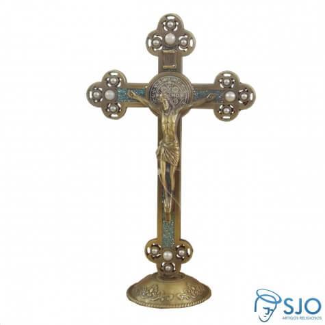 Crucifixo S�o Bento Dourado com Perola para Mesa - 21 cm