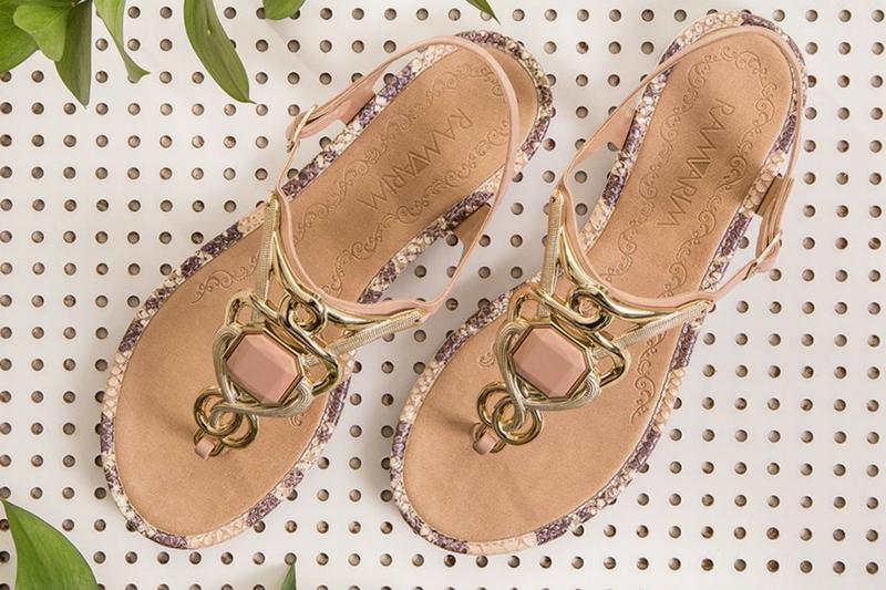 9f00e6553e As sandálias ...