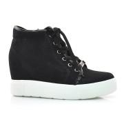Sneaker Preto Quiz